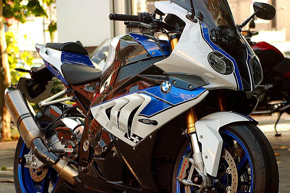 BMW・HP4のコーティング 練馬 バイクの傷消し 杉並 東大和 東村山