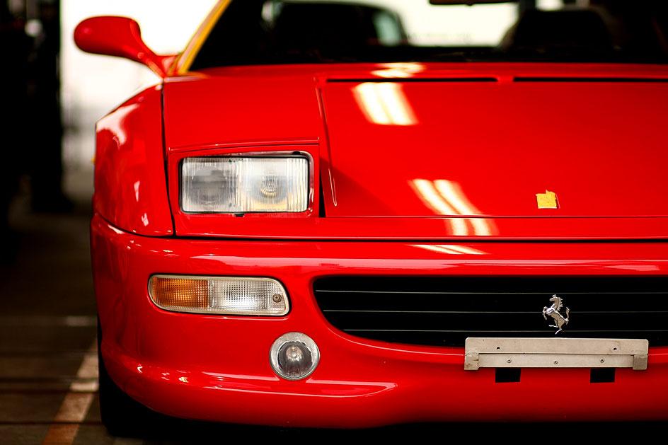 フェラーリF355 コーティングメンテナンス 埼玉の車磨き専門店・アートディテール ロッソコルサの研磨