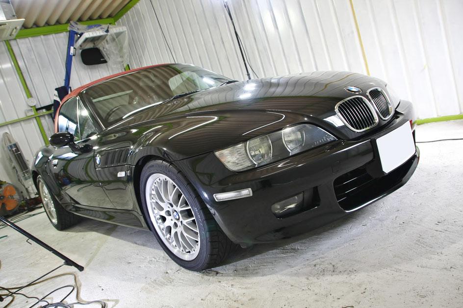 BMWZ3黒のガラスコーティング完成
