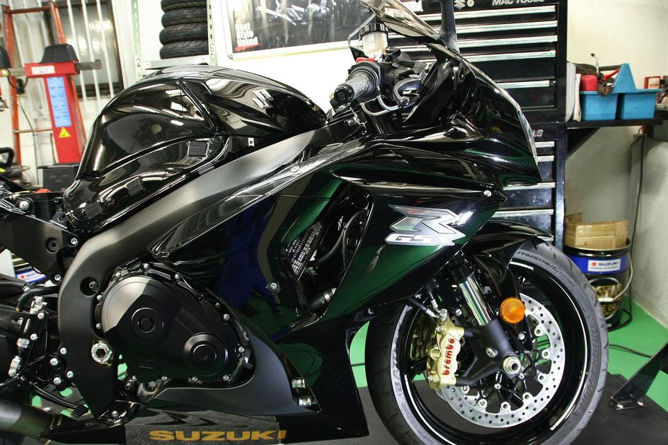 バイク磨き ガラスコーティング R1000 西東京 府中 国立 八王子