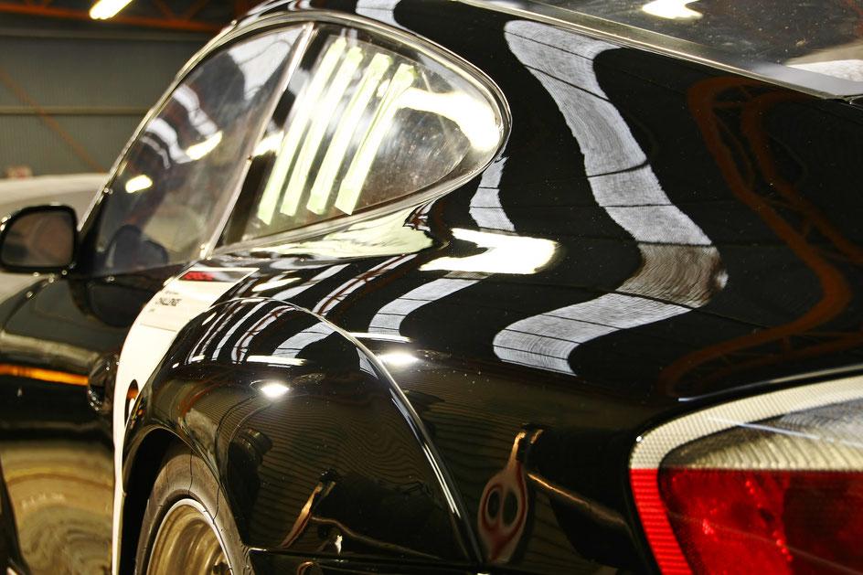 ポルシェ996GT3Rの傷消し 埼玉の車磨き専門店