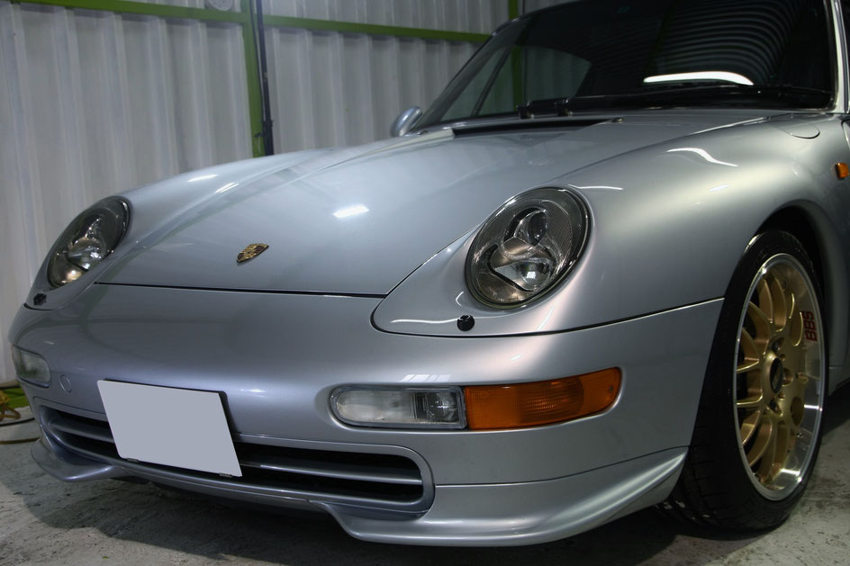 ポルシェ993のガラスコーティング完成 埼玉の車磨き専門店 淡色車のコーティング施工
