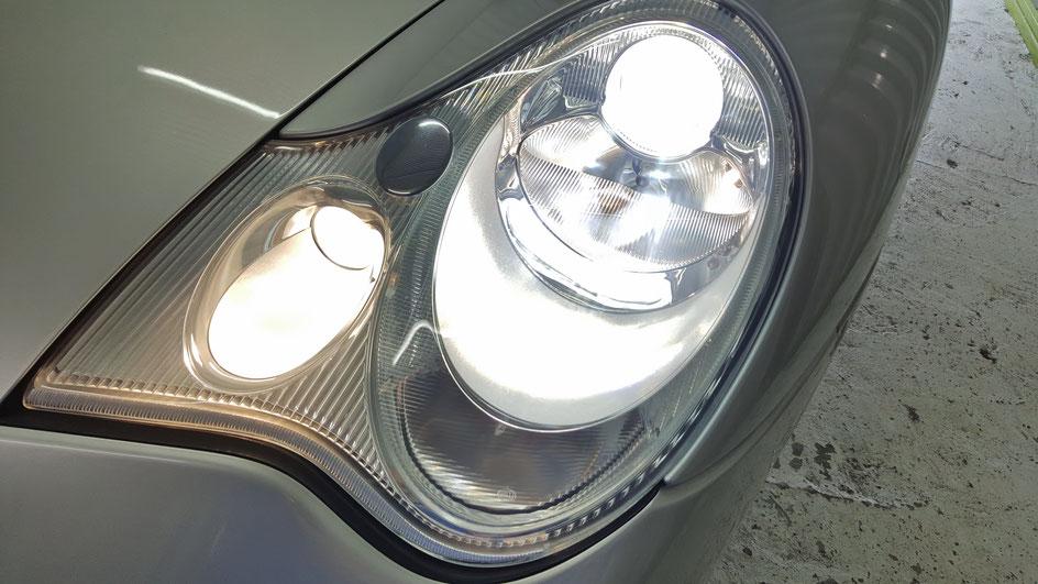 埼玉所沢 ポルシェ996のヘッドライト磨き ひび 黄ばみ さいたま市 深谷 杉並