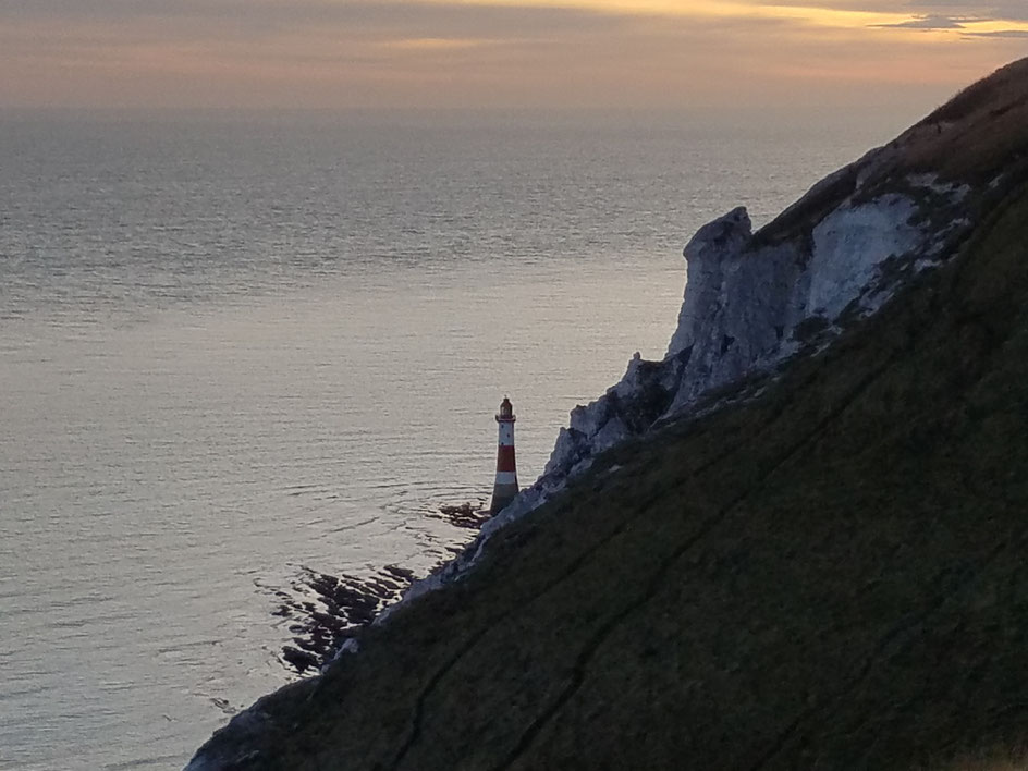 Leuchtturm von Beachy Head in der Abenddämmerung