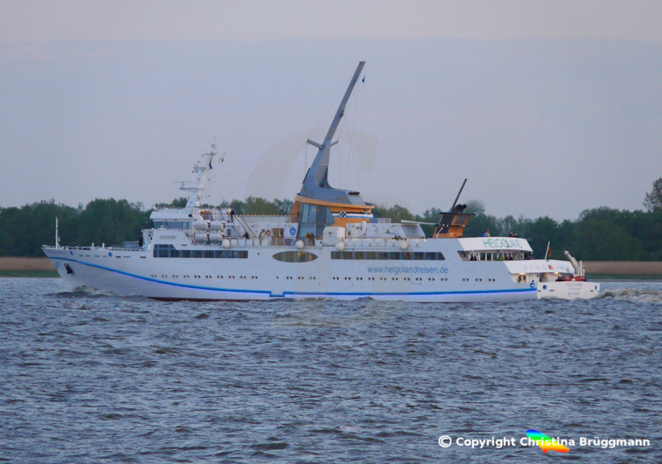 Seebäderschiff HELGOLAND der Reederei Cassen Eils, Sonderfahrt Hamburg Helgoland am 05.05.2019