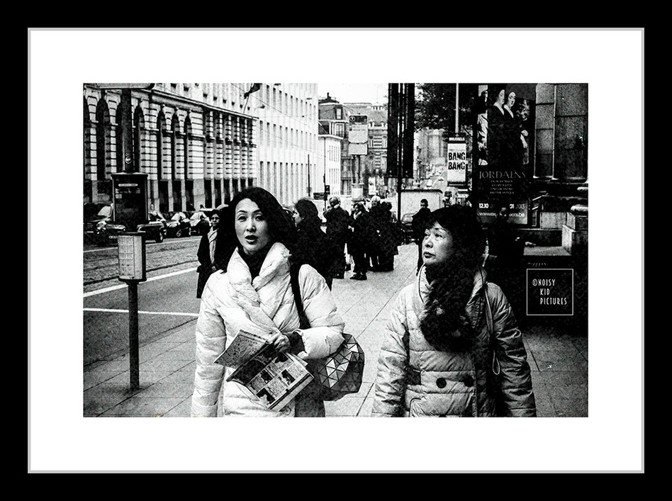 Noisy Kid est le photographe idéal pour apprendre en rue l´art de la photographie d´expo en Belgique et plus exactement à Bruxelles