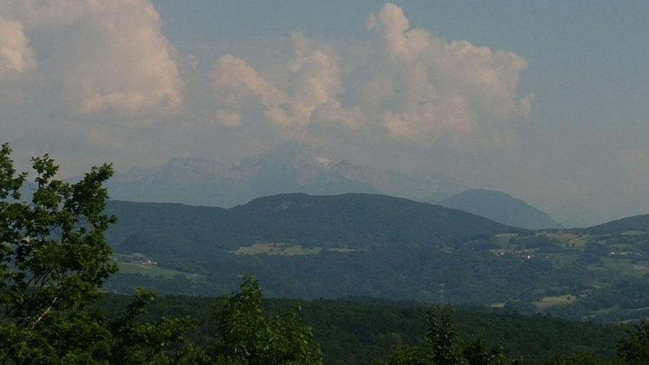 """Auf dem """"Balkon"""": Ein frischer Windhauch und eine Fernsicht, - ist es der Montblanc?"""