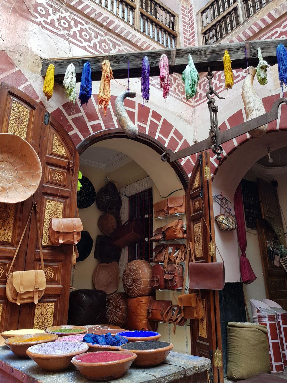 Marrakesch Gewürze Lederwaren Shop einkaufen