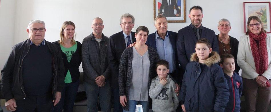La commune de Celles-lès-Condé a gagné cinq habitants, grâce en partie au maire Jordane Beauchard...