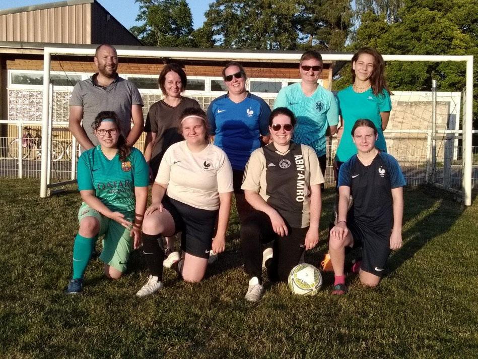 L'équipe féminine de l'US des Vallées en construction.