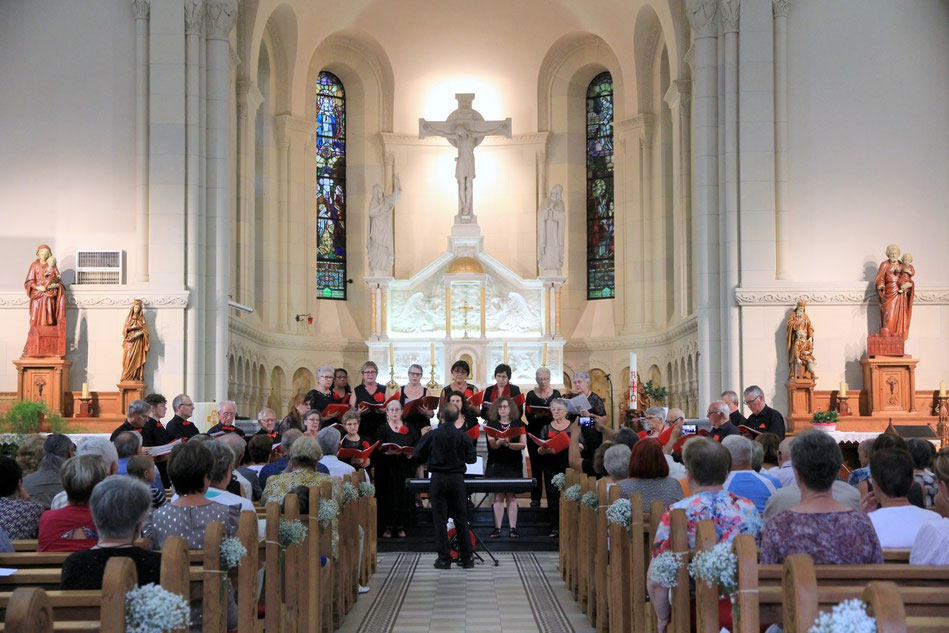 La Chorale Charly par Choeur était en concert, le 6 juillet 2019, en l'église paroissiale de L'Emm située entre Metzeral et Sondernacch dans la vallée de Munster.