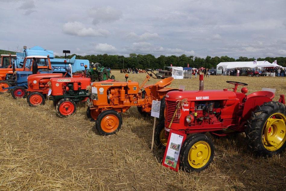 L'arrivée des tracteurs anciens entretenus avec amour par un groupe de collectionneurs sud axonais, est prévue vers 10h00.