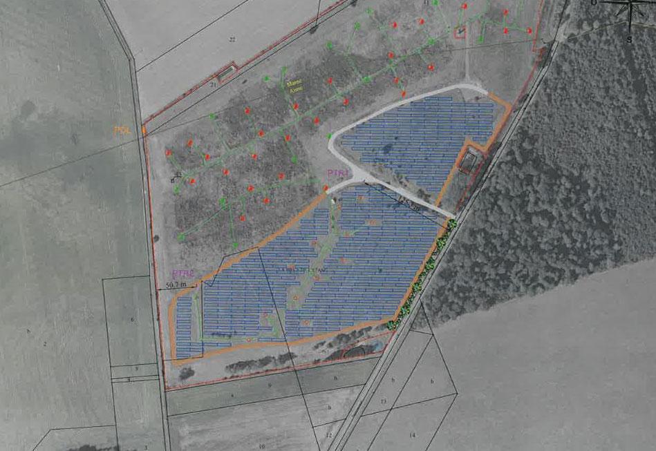 En bleu : le projet de centrale photovoltaïque au sol sur la commune de Vallées-en-Champagne, lieu-dit La pièce de l'étang, commune déléguée de La Chapelle-Monthodon.