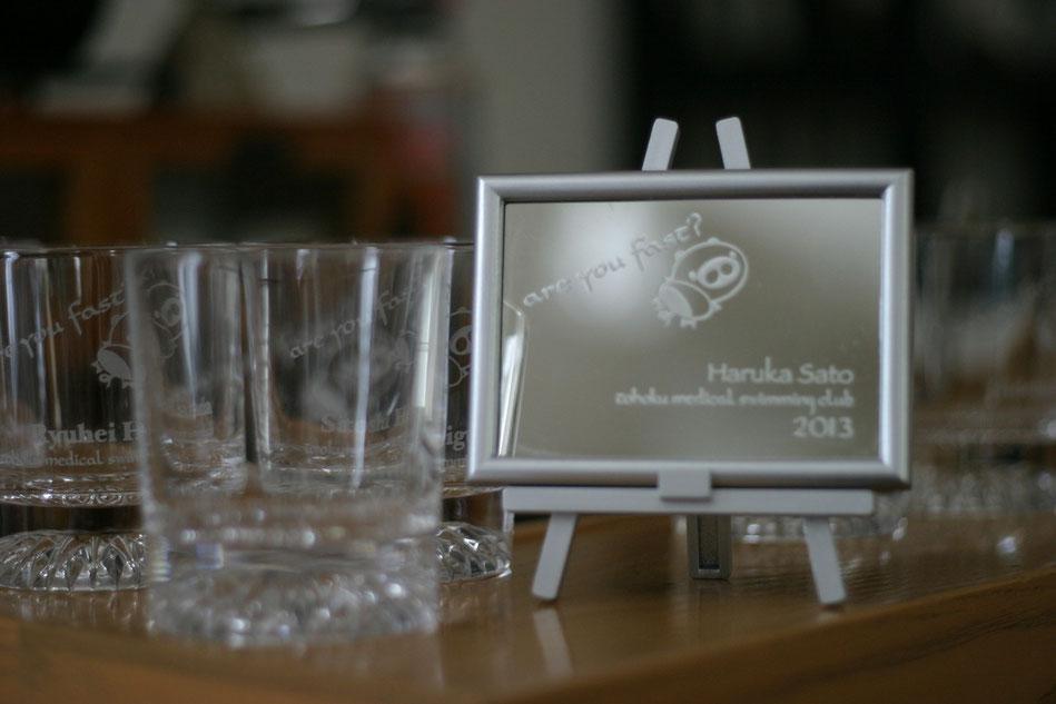 卒業記念品 名入れ彫刻 ガラスアート グラス ミラーキャンパス