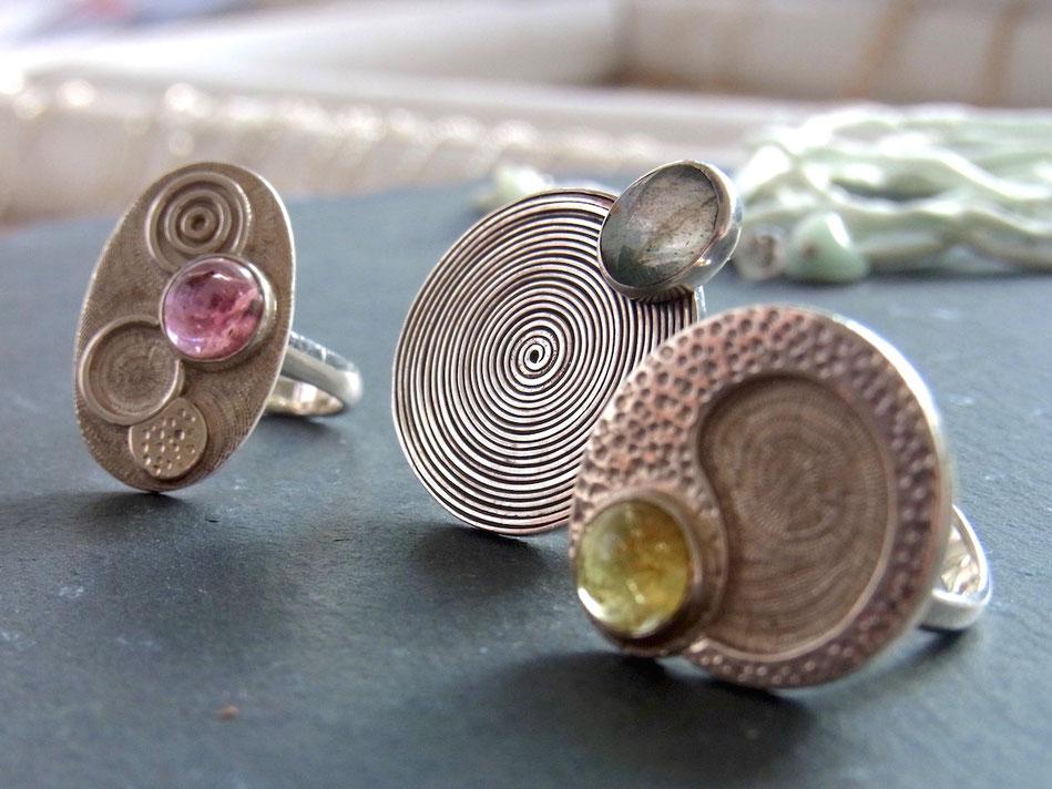 Einzigartige Ringe mit Edelsteinen