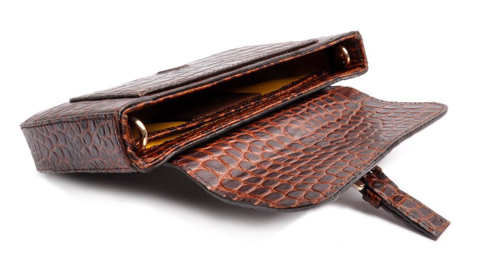 Clutch Leder braun Krokooptik . OSTWALD Traditional Craft