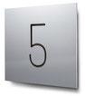 Schild Nummer 5 konturgeschnitten, in Aluminium