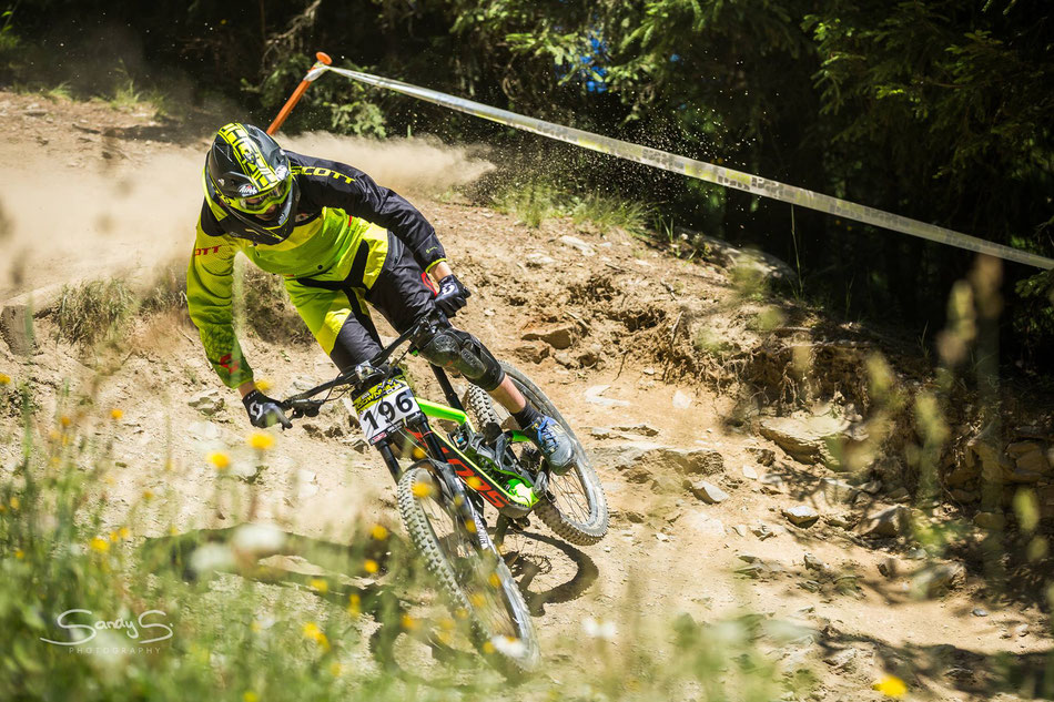 Nico just back vom New Zealand, racing at the Glemmride Festival at Saalbach...
