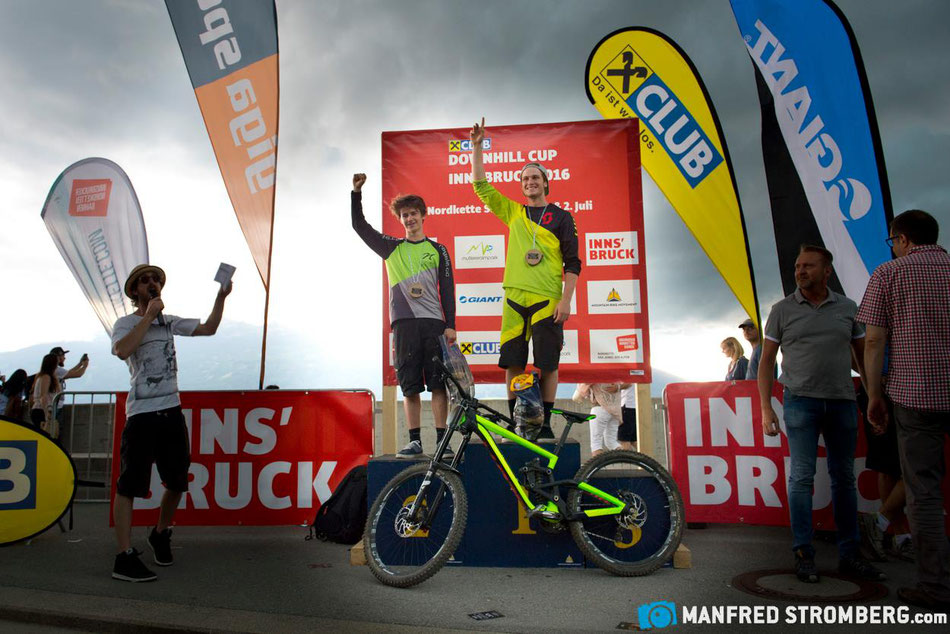 Win at the Innsbruck Downhill Cup 2016