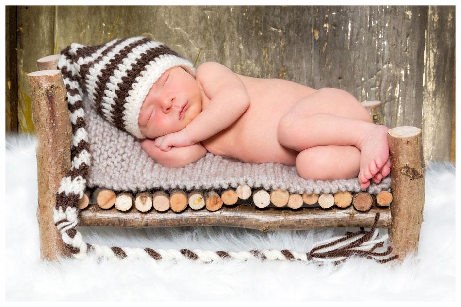 Babyfotograf Lübeck, Babyfotografie Hamburg, Babyfotos Lübeck Babyfotoshooting, die schönsten Babybilder, Babyfotograf Dennis Bober DeBo-Fotografie, Baby und Hochzeitsprofi.