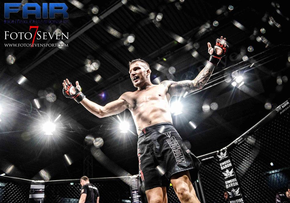 Gabriel Sabo (Team Aarau CH) vs. Max Coga (MMA Spirit)