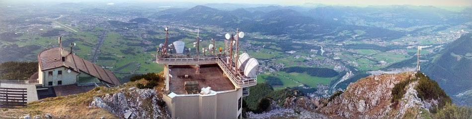Untersberg mit Blick auf Salzburg