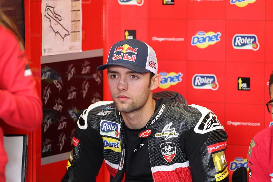 Der Blick von Jonas Folger in Zukunft. Die liegt 2015 erst einmal weiter beim AGR Team in der Moto2.