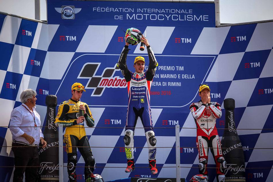 Lorenzo Baldassarri gewinnt das Moto2 Rennen 2016 in Misano
