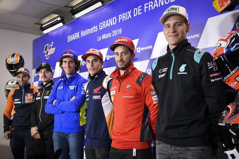 Die Elite der MotoGP bei einer Pressekonferenz
