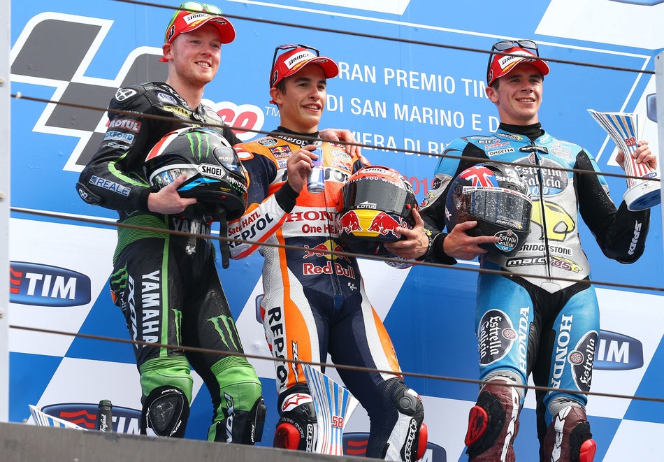 Haben Fahrer wie Bradley Smith (links) oder Scott Redding (rechts) bald mehr Chancen Werkspiloten wie Marc Marquez (mitte) zu besiegen?