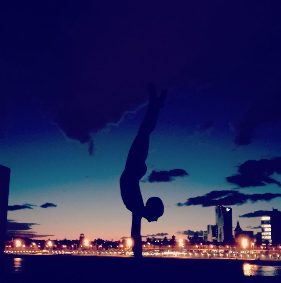 Yoga & Skyline