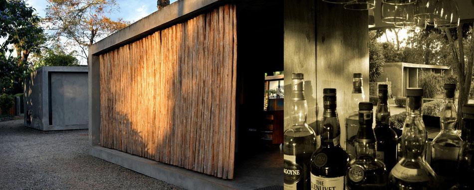 """""""Karen Blixen läßt grüßen"""" (Emotion 12/2013) - die Kaliwa Lodge mit Whisky-Bar"""