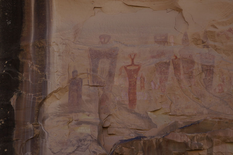 Felszeichnungen, Thompsen Canyon West Panel (Barrier Canyon style, Book Cliffs, Craig Law, Utah, USA)
