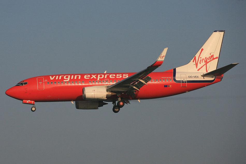 ALs Virgin Express im Winter 2005 bei der Landung in BRU.