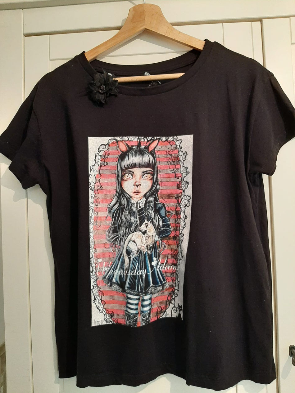 Wednesday Adams special halloween t-shirt only one available in size M...20 euro exclusief verzendkosten SOLD