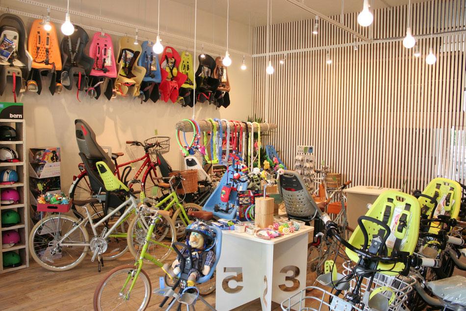 自転車店舗内の様子