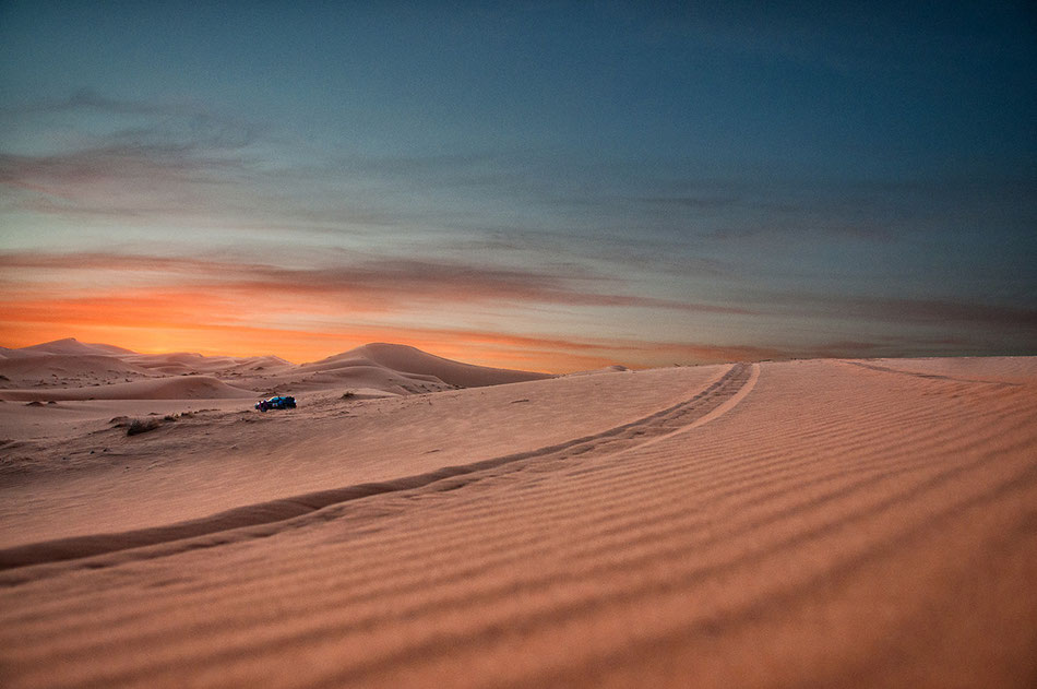 Marruecos, foto-blog, desierto, erg, cherbi, anochecer, arena, ocaso,