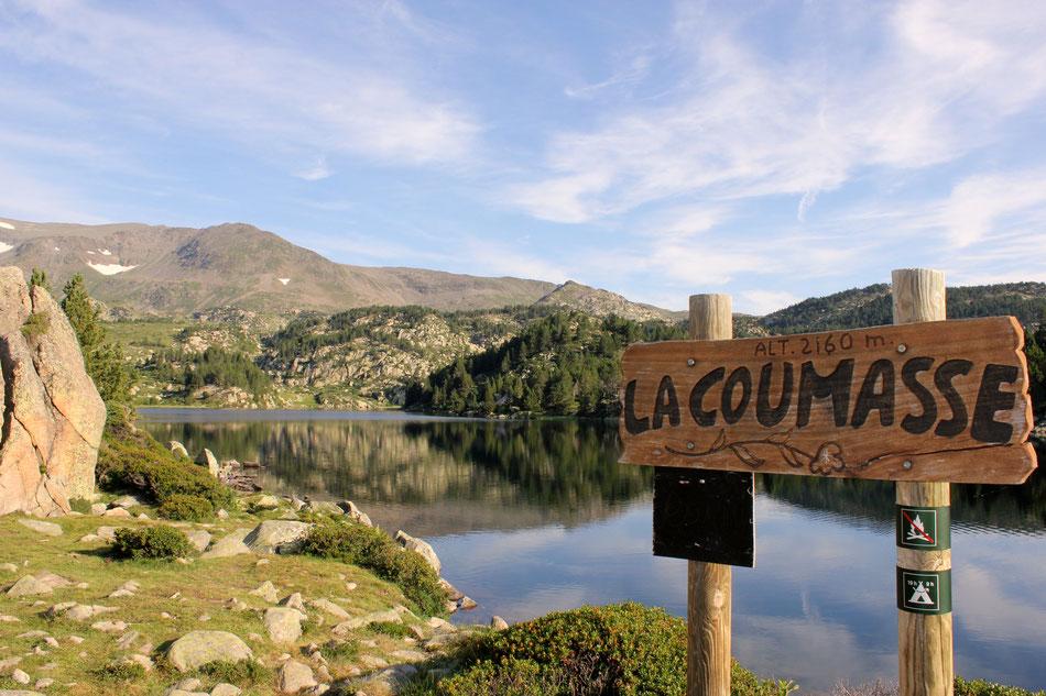 """Le Lac """"La Coumasse"""" à la lumière du matin"""