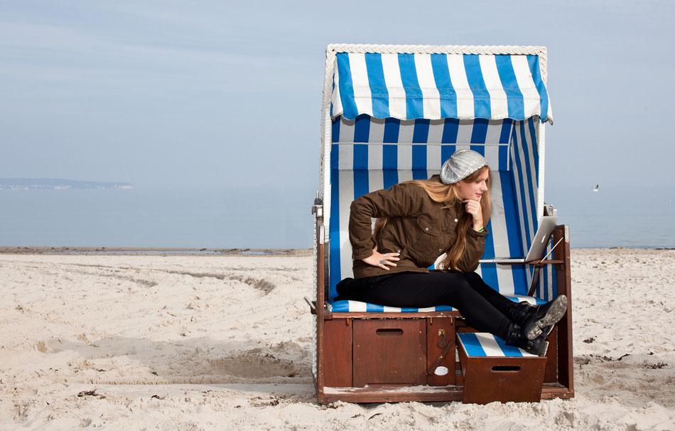 Anja Bögel, Bluthund & Perlentaucher am Ostsee Strand