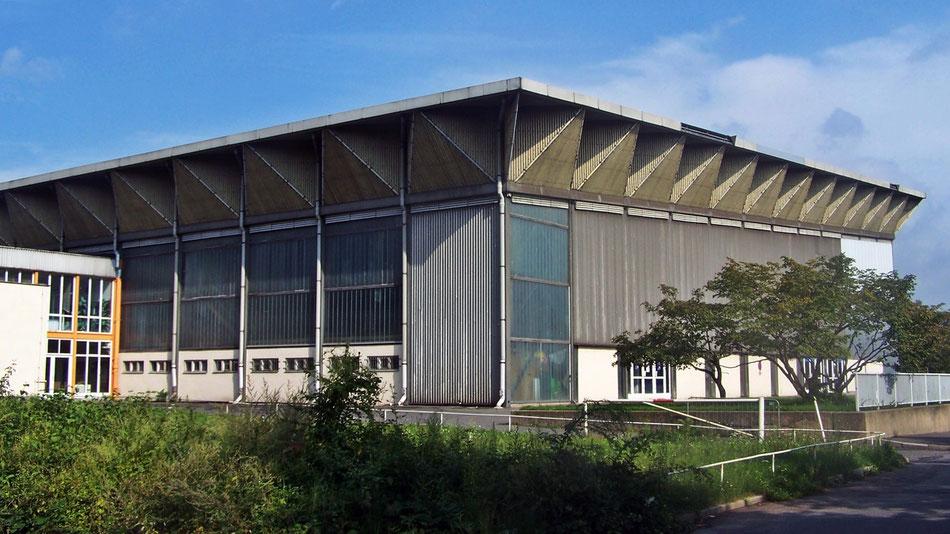 Eissporthalle Pieschener Allee, erbaut zwischen 1969 und 1972. ©X-Weinzar (Wikipedia.de)