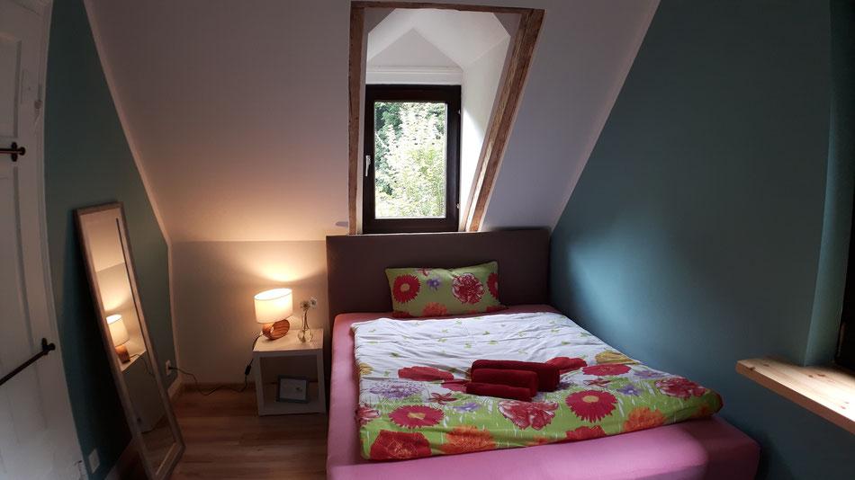"""Gästezimmer für zwei Personen in der Pension """"Das Haus am Hang"""" in Schwäbisch Hall"""