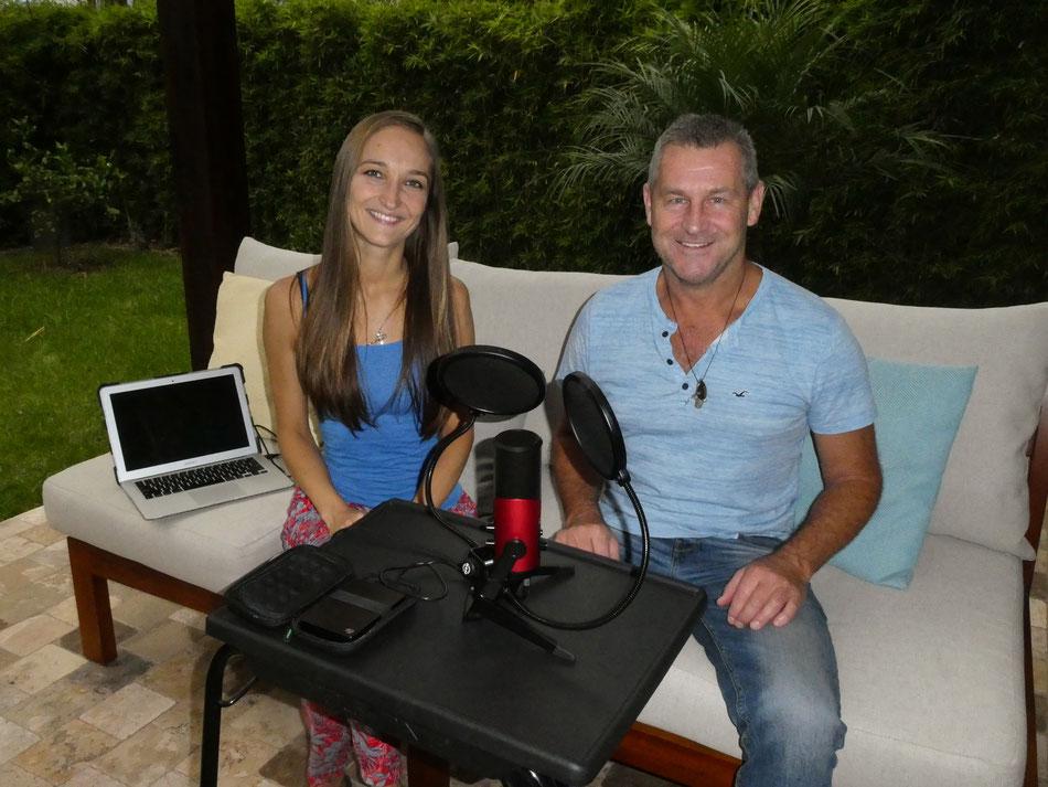 Jenny & Jonathan vom Podcast Travel EmOcean