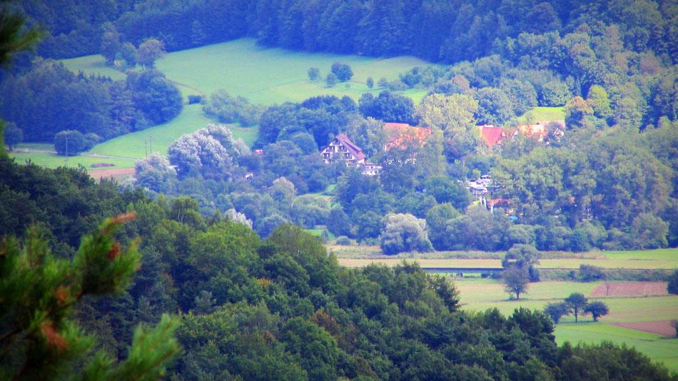 Mehr zum idyllische Örtchen Weiler Rothenbühl, ein perfekter Anlaufpunkt für Entspannungssuchende und Naturverbundene.