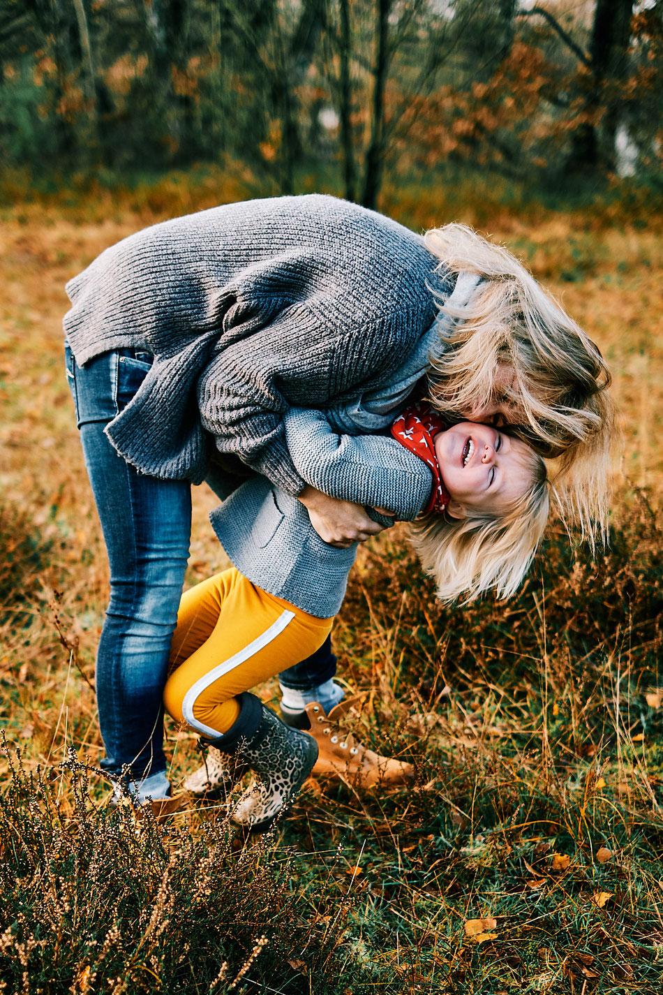 Familienfotos, Familienfotografie, Familienfotograf, Fotoshooting Familie draussen, Bremen, Langwedel, Verden, Achim, Outdoor