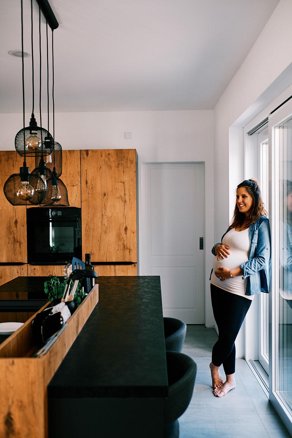 Babybauchfotos Bremen, Homestory Schwangerschaftsshooting Bremen