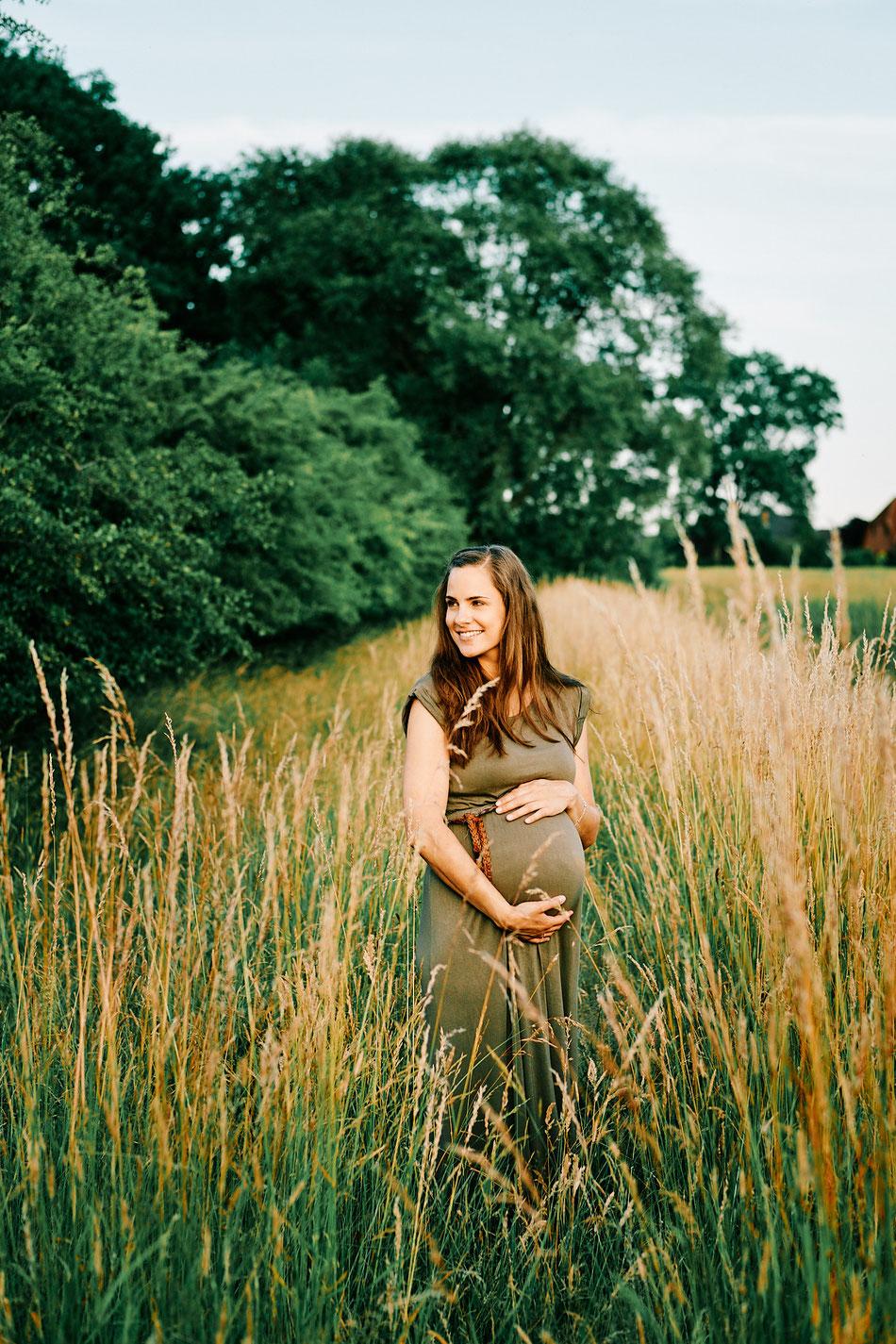 Babybauch Fotoshooting Bremen, Schwangerschaft Fotos