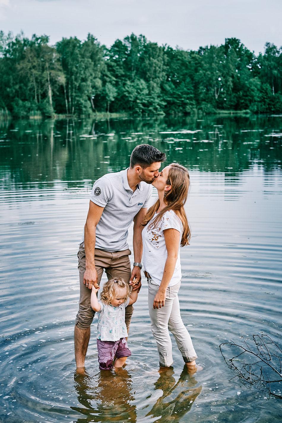 Familien-Shooting Verden, Familienfotos Achim,Familienfotos, Familienfotografie, Familienfotograf, Fotoshooting Familie draussen, Bremen, Langwedel, Verden, Achim, Outdoor