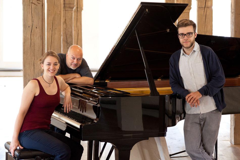 Die Aufnahme-Crew: Anne mit Georg (Mitte) und Heiner
