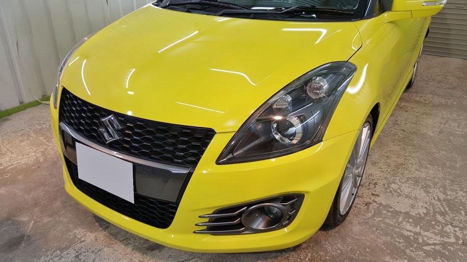スイスポのコーティングメンテナンス完成 チャンピオンイエローの光沢 濃色車の艶改善 埼玉三芳の車磨き専門店