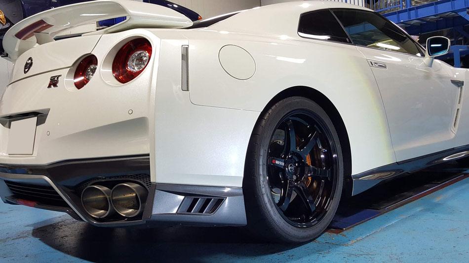 R35のホイールコーティング完成 埼玉の車磨き専門店